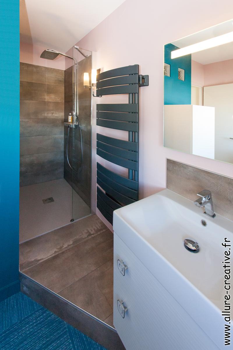 salle_de_bains_douche_italienne_appartement_les_sables_la_chaume